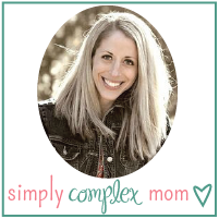 simply-complex-mom-button